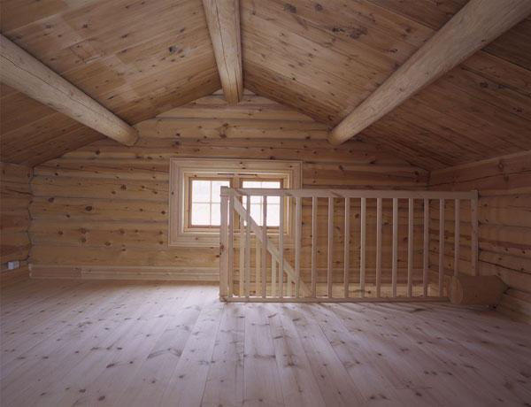 Loftet før